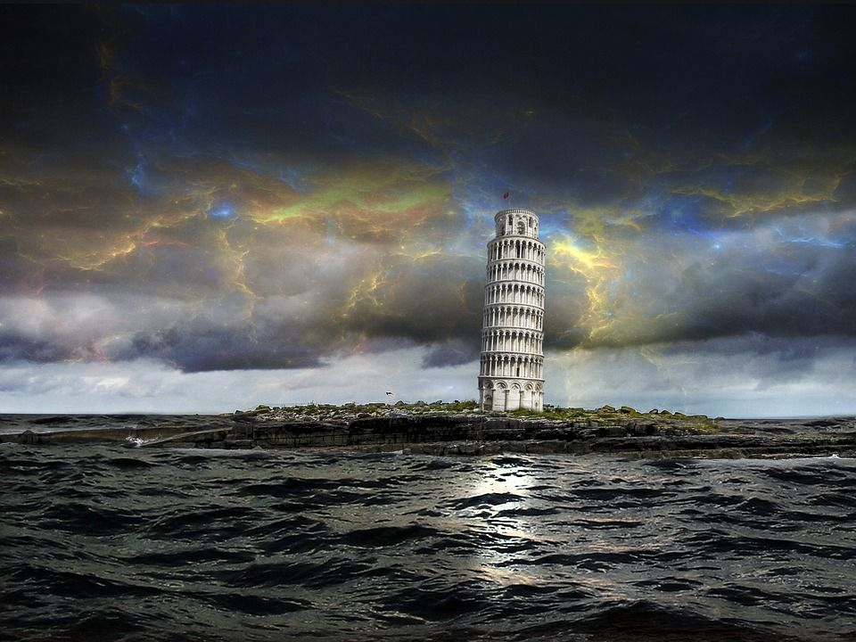 torre di pisa nell'acqua