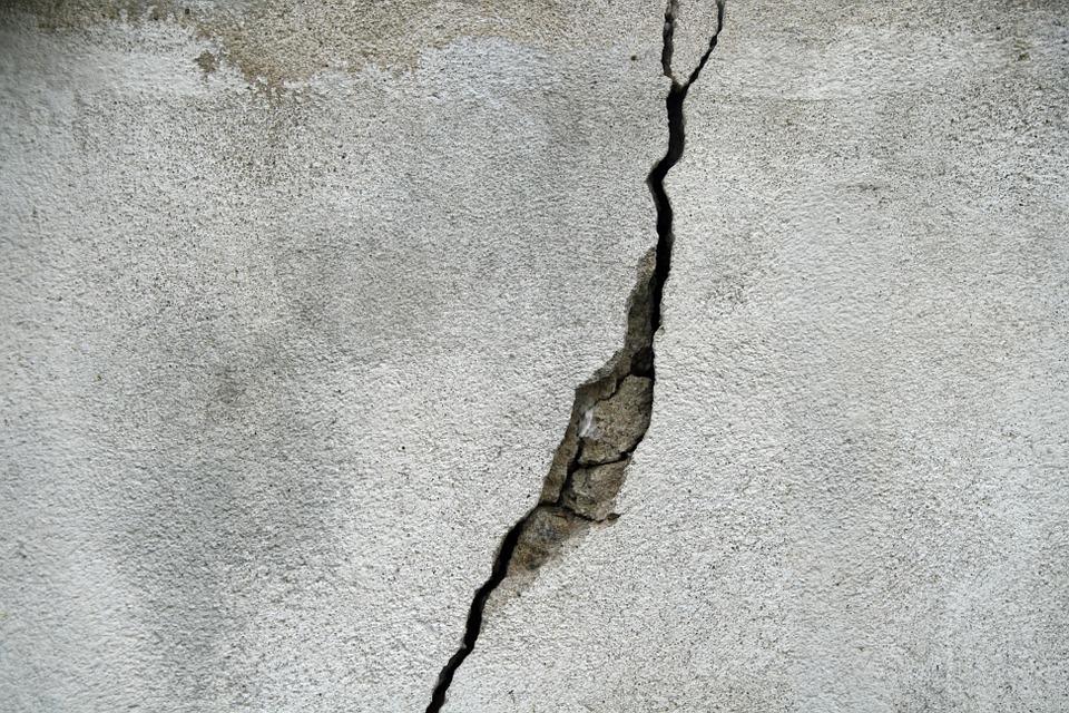 muro crepato perchè fragile